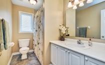 028bathroom2